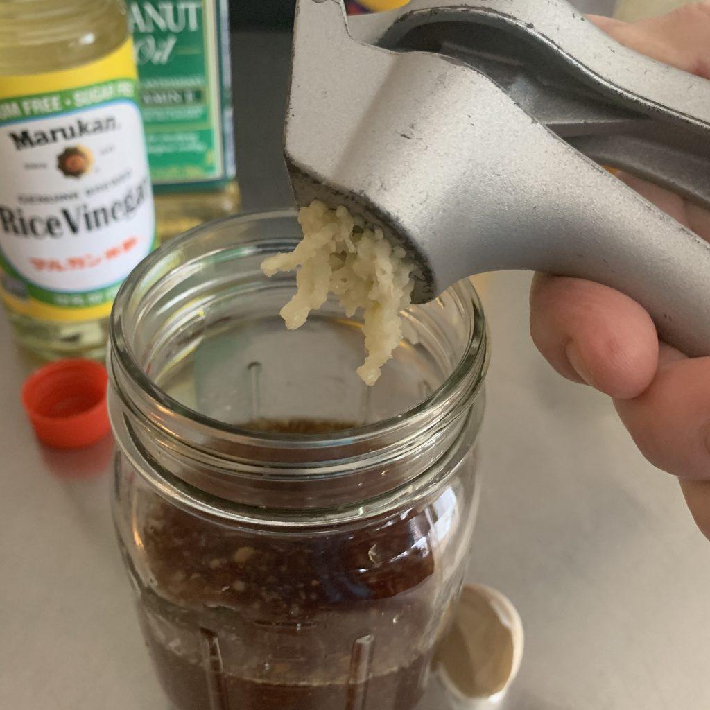 garlic in stir fry sauce